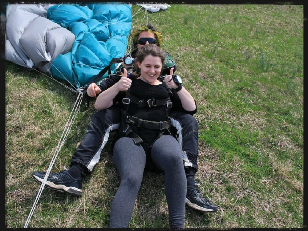 Successful Tandem Skydiving